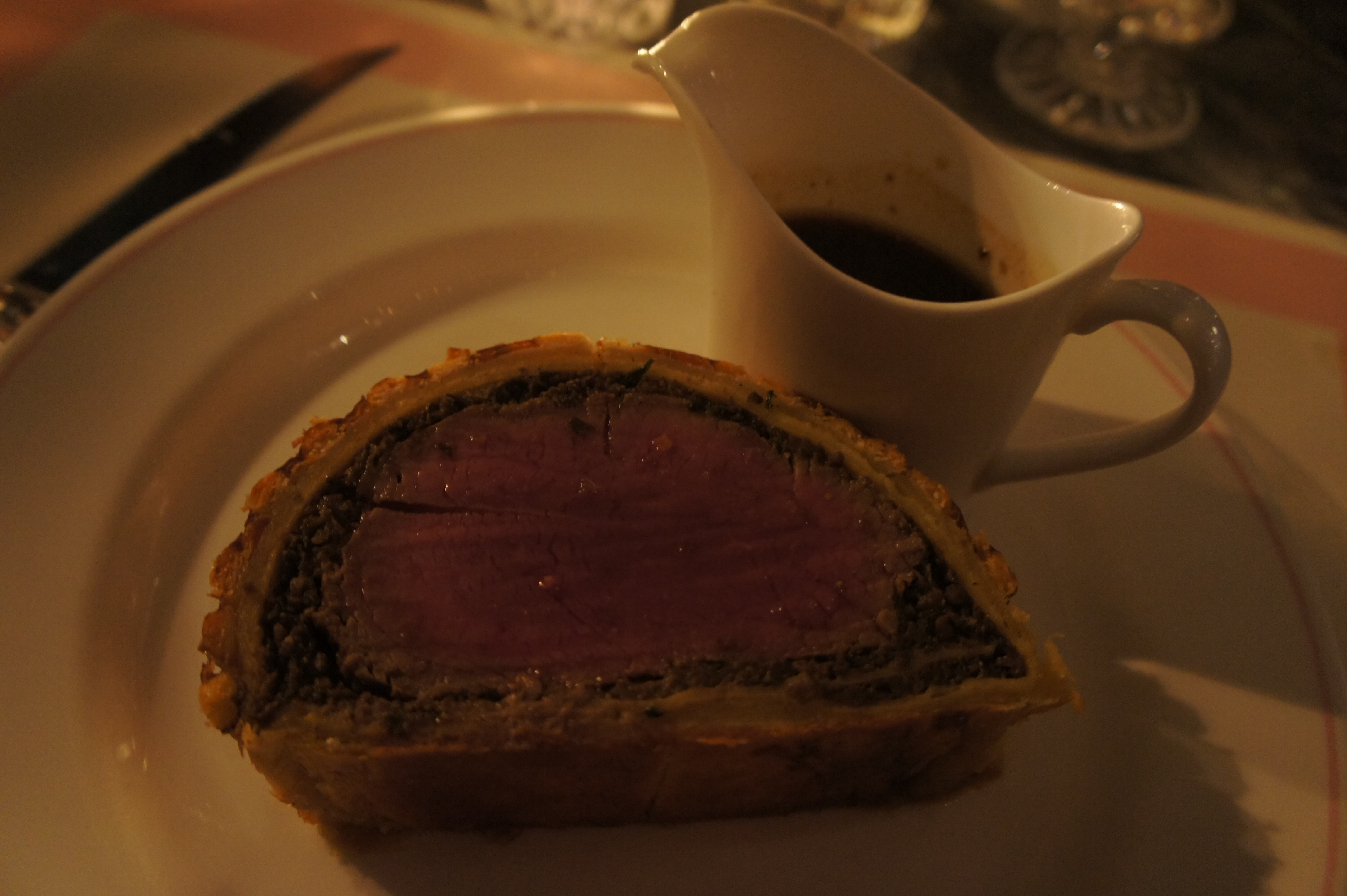 Sliced Wellington